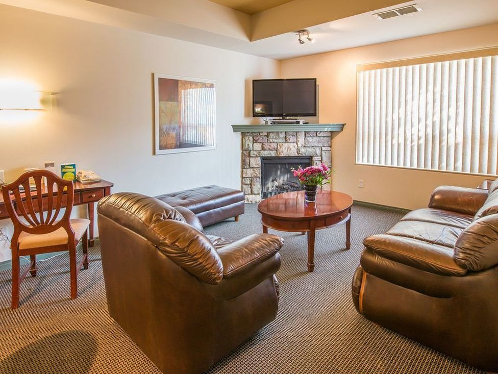 Podollan Inn & Rez-idence Fort McMurray, amenities, complimentary wifi
